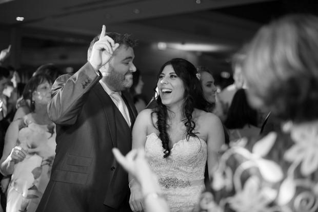 wedding-guests-dancing-photos-The-Fennells-weddingsonline (5)