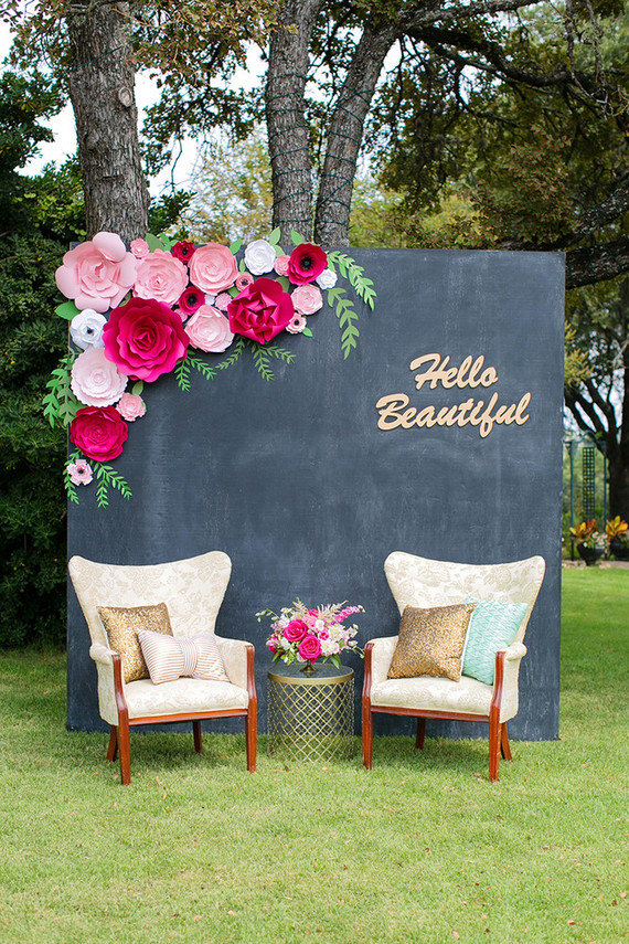 20 Fabulous Photo Booth Backdrops To Make Your Pics Pop Weddingsonline