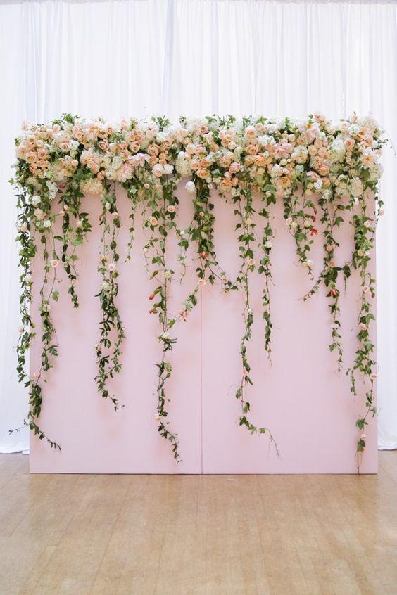 wedding-photobooth-backdrop-ideas-pastel-fresh-flowers