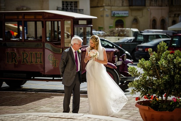 13-Special-Moment-Wedding-Photo-Bride-Father-weddingsonline