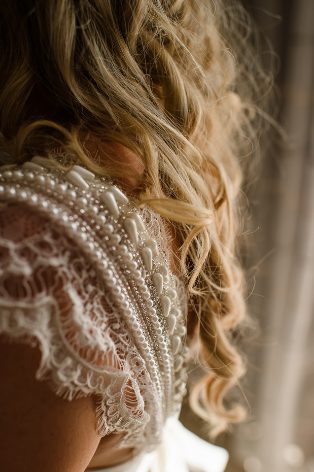 8-Real-Bride-Anna-Campbell-Coco-Wedding-Dress-Details-weddingsonline (3)