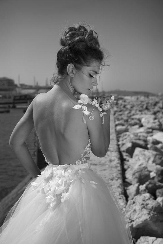 Julie-Vino-AJ-Bridal-Collection-2017_1