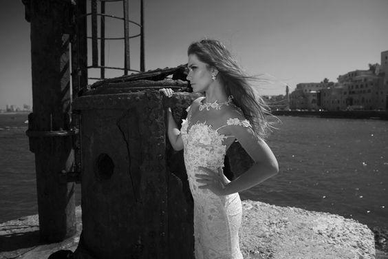 Julie-Vino-AJ-Bridal-Collection-2017_12_weddingsonline