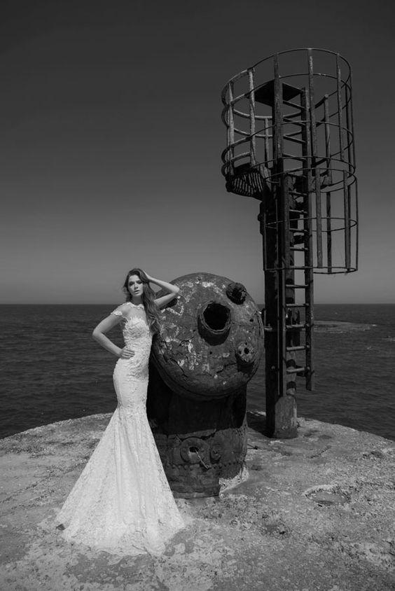 Julie-Vino-AJ-Bridal-Collection-2017_13_weddingsonline