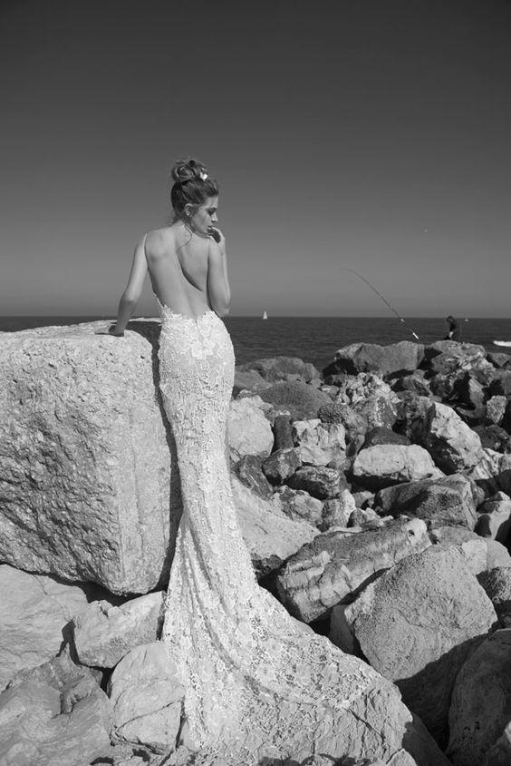 Julie-Vino-AJ-Bridal-Collection-2017_16_weddingsonline