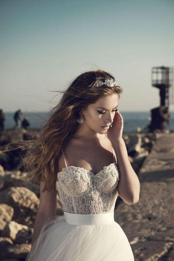 Julie-Vino-AJ-Bridal-Collection-2017_3