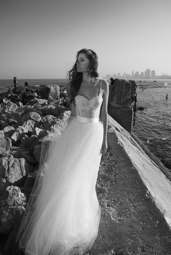 Julie-Vino-AJ-Bridal-Collection-2017_4