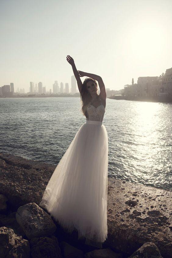 Julie-Vino-AJ-Bridal-Collection-2017_5