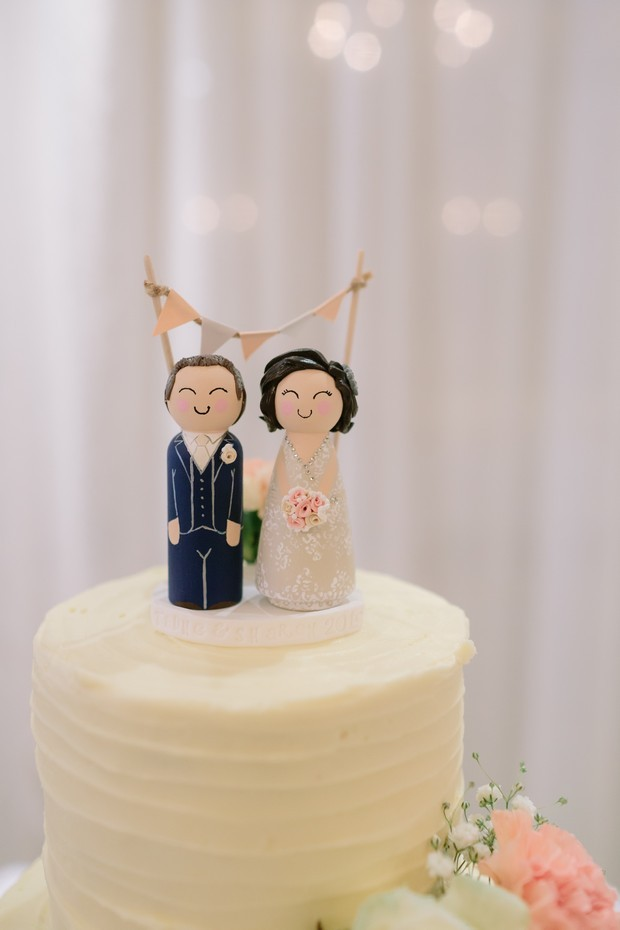 Personalised-Wedding-Cake-Topper-Couple-Figurines