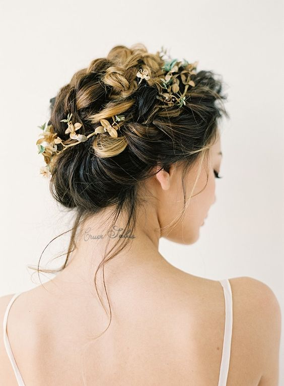 beautiful-bridal-braid-hair-style-updo
