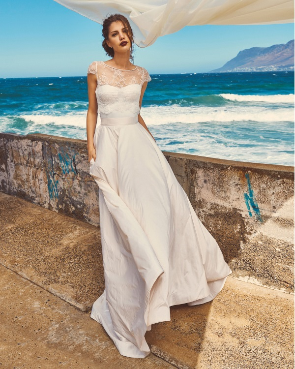 The Incredibly Elegant Elbeth Gillis Bridal Collection