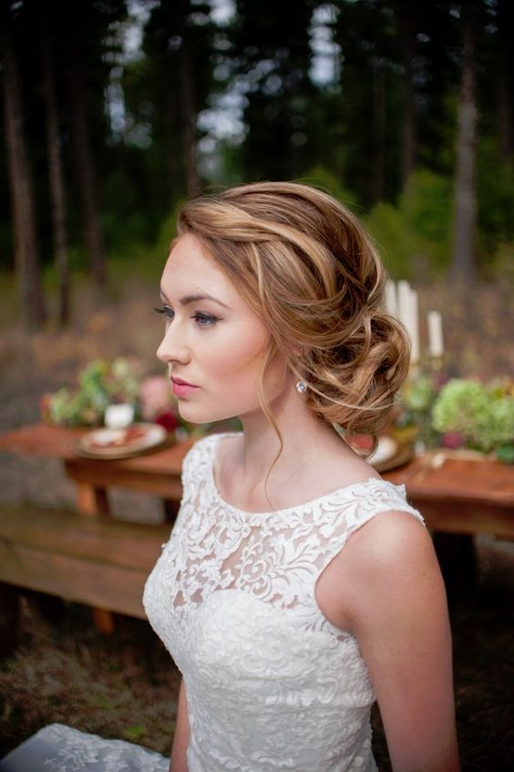messy-low-up-do-wedding-hair-style