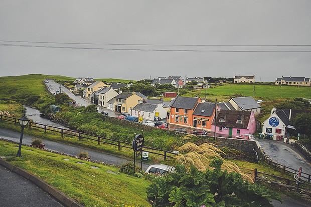 1-Picturesque-Doolin-Co-Clare-Ireland-Wedding-DKPhoto-weddingsonline (2)