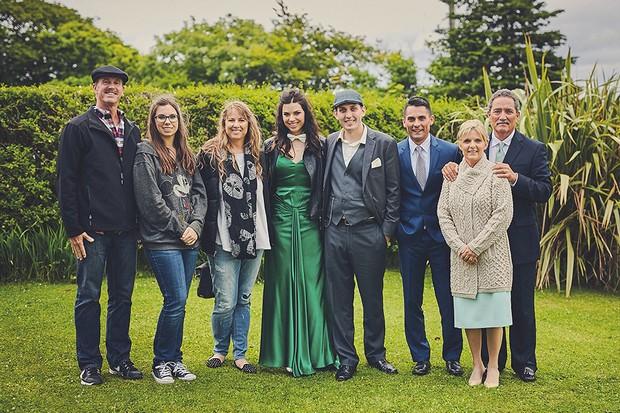 Traditional-Irish-Wedding-West-Coast-Clare-Emerald-Green-weddingsonline (9)