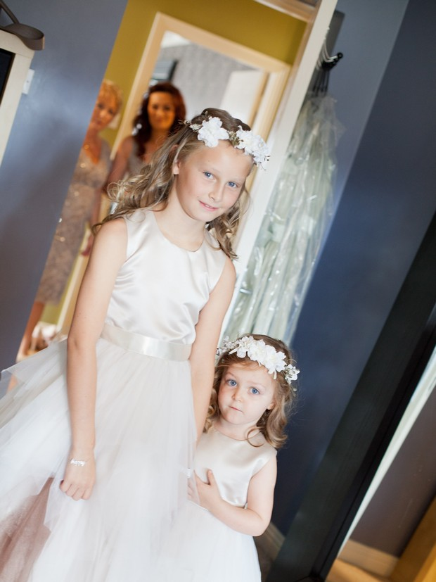 bellingham-castle-real-wedding-flower-girls