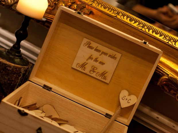 bellingham-castle-real-wedding-wooden-heart-wishes-guest-book