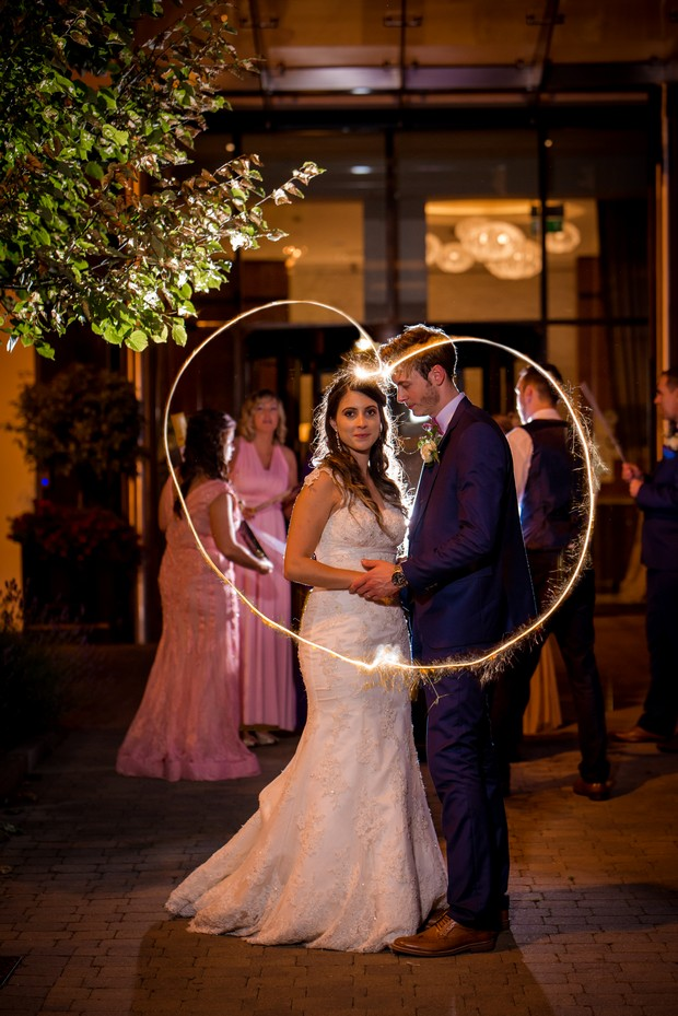 bride-and-groom-sparklers