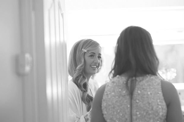 bride-chatting-to-bridesmaid