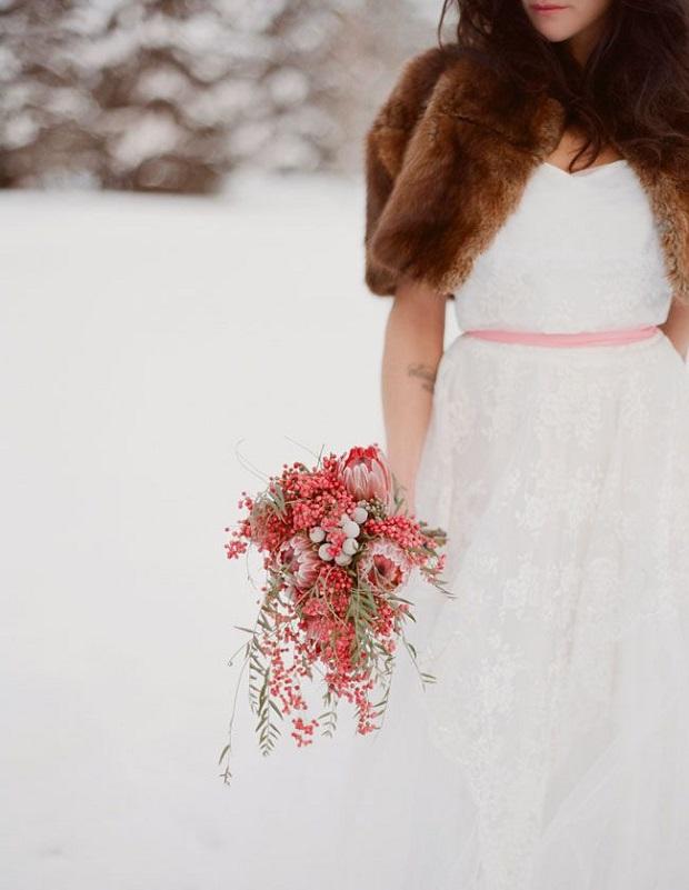 bride-in-brown-faux-fur-shrug
