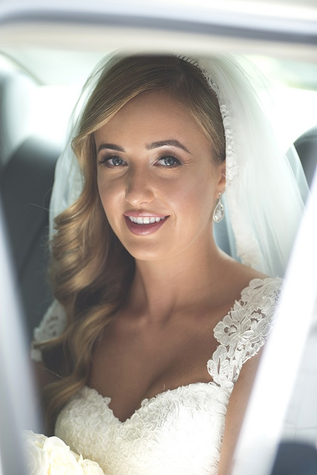 bride-in-car-on-way-to-the-church