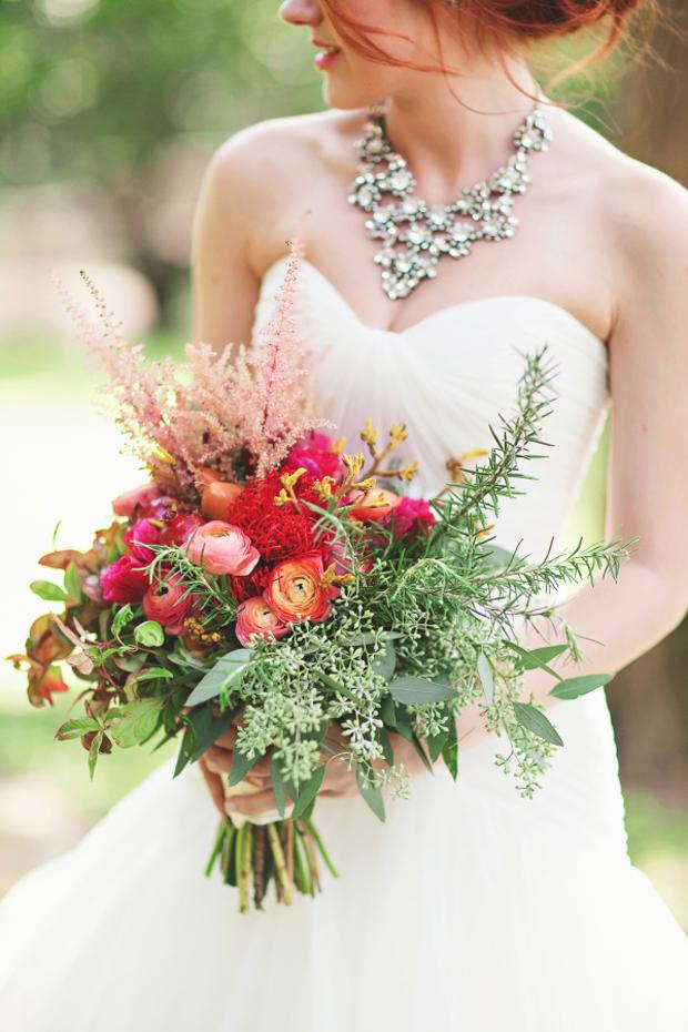 bride-in-diamante-statement-necklace