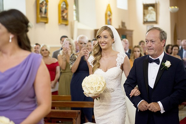 bride-walking-down-the-aisle-with-dad