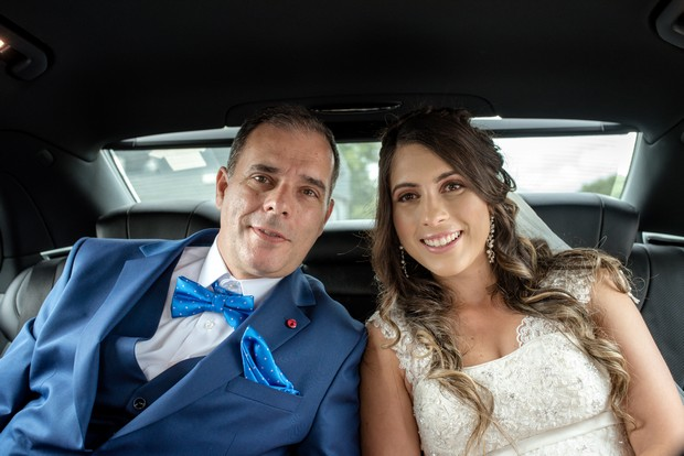 bride-with-father-on-way-to-church