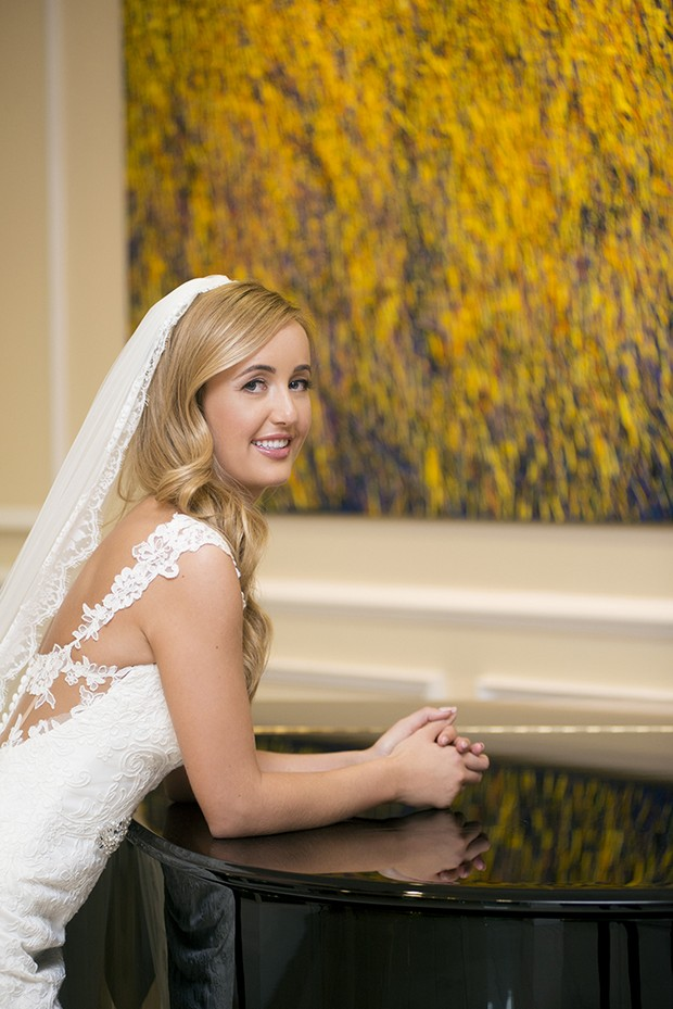 bride-with-lace-trim-veil