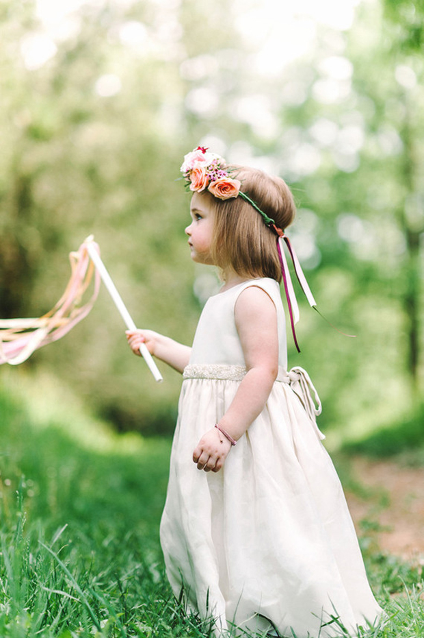 flower-girl-with-wand