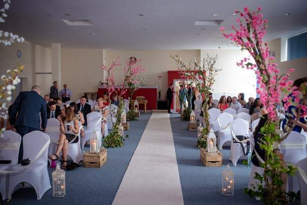loughrea-hotel-real-wedding-paul-duane-ceremony-decor