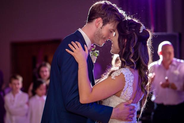 loughrea-hotel-real-wedding-paul-duane-first-dance