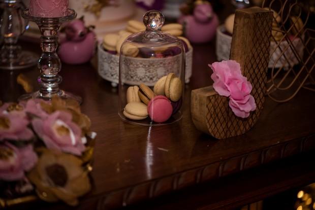 loughrea-hotel-real-wedding-paul-duane-macarons