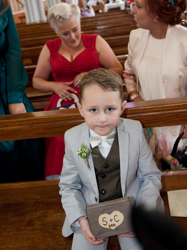page-boy-with-personalised-wooden-ring-box