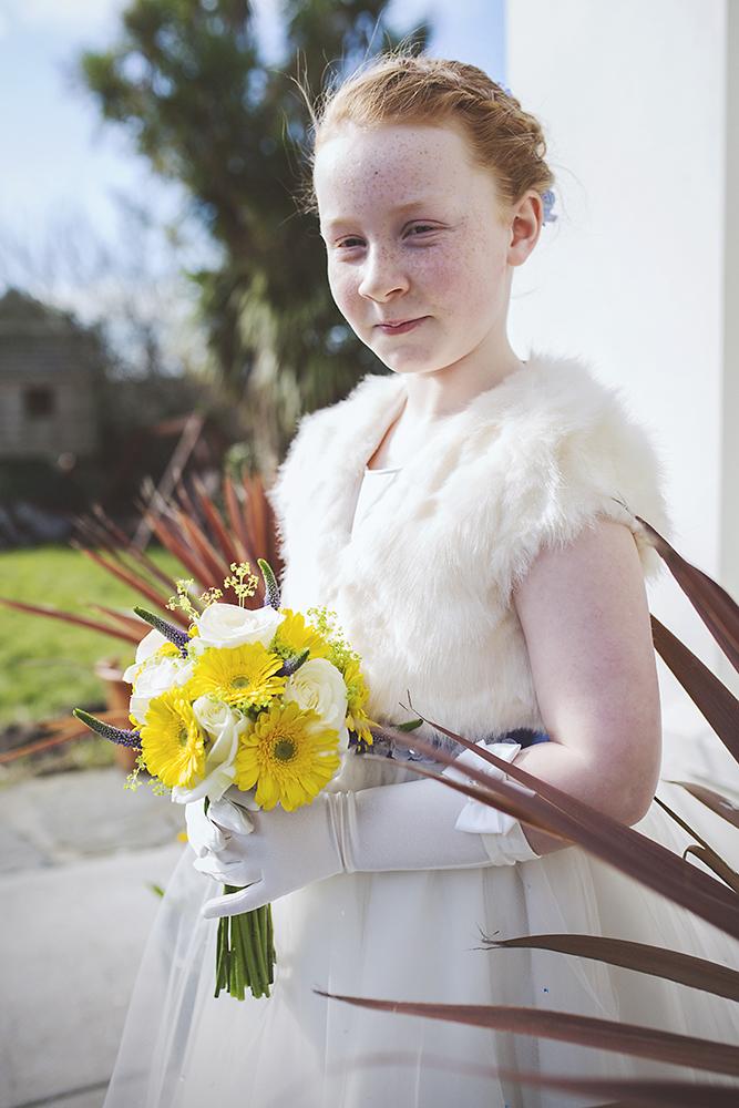 11-Flower-girl-yellow-bouquet-Ireland-weddingsonline