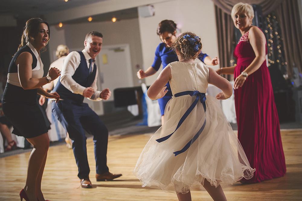 12-Child-friendly-wedding-cute-weddingsonline (1)