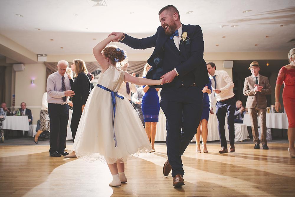 12-Family-Wedding-Dancing-Daughter-weddingsonline (1)