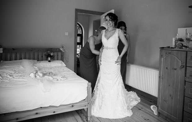 12-real-bride-getting-ready-dress-fitting-weddingsonline (3)
