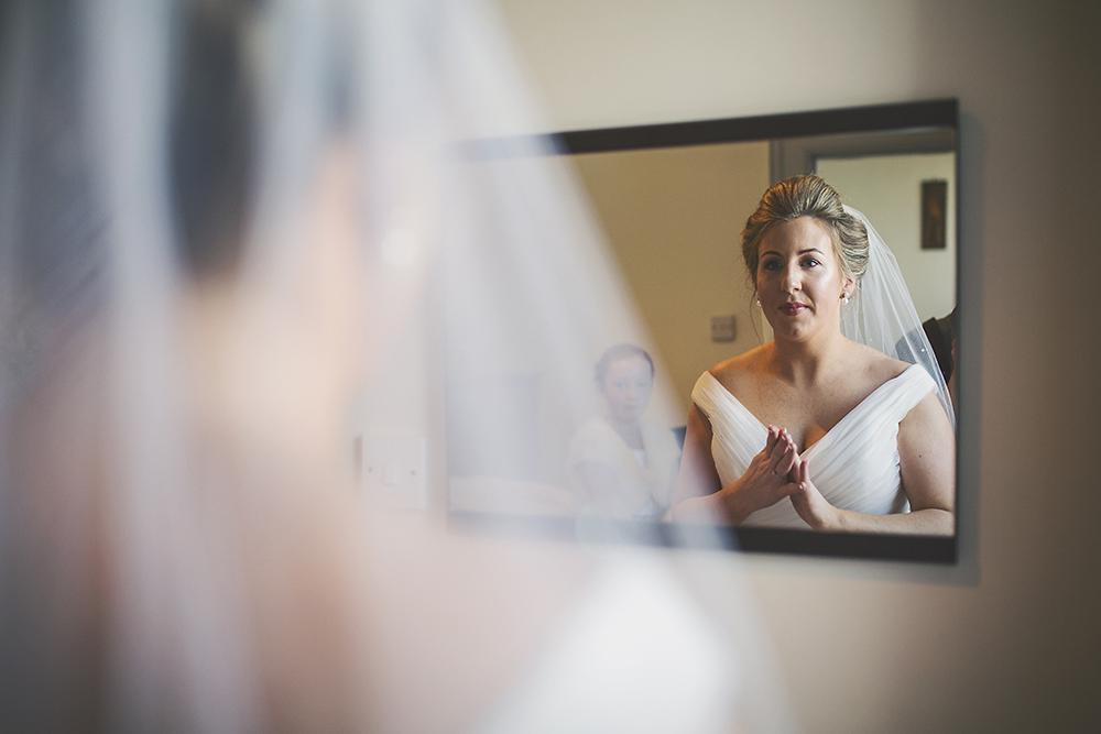 13-Pretty-bride-mirror-stairs-photo-weddingsonline (1)