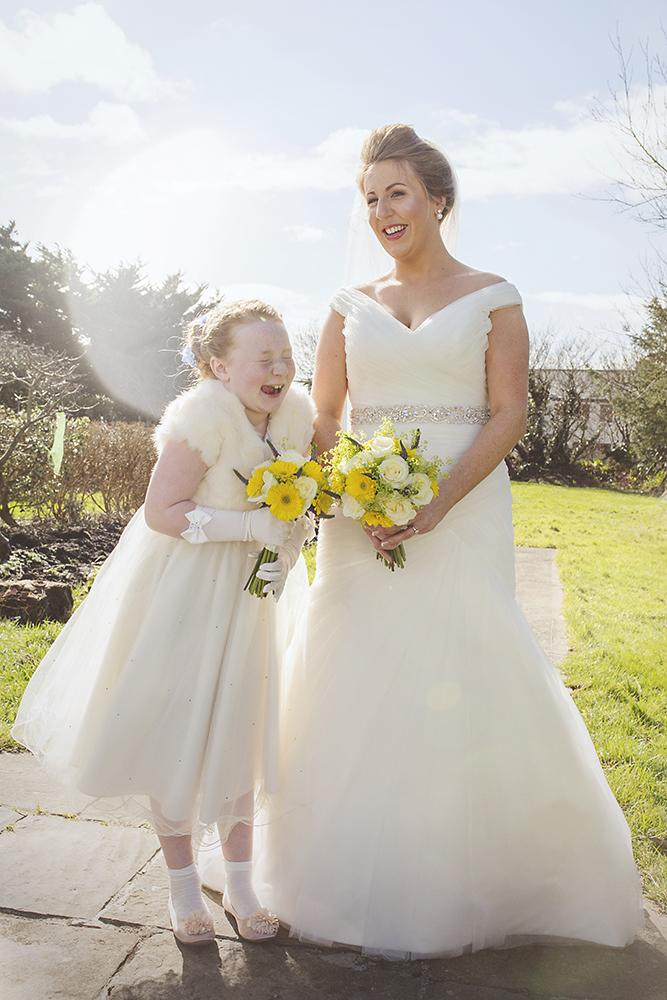 15-Sweet-family-wedding-photos-modern-weddingsonline (2)