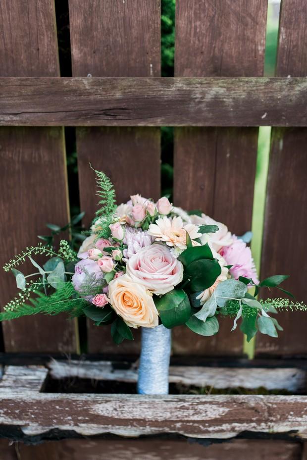 2-Mille-Fiori-Wedding-Bouquet-Pastel-Romance-weddingsonline