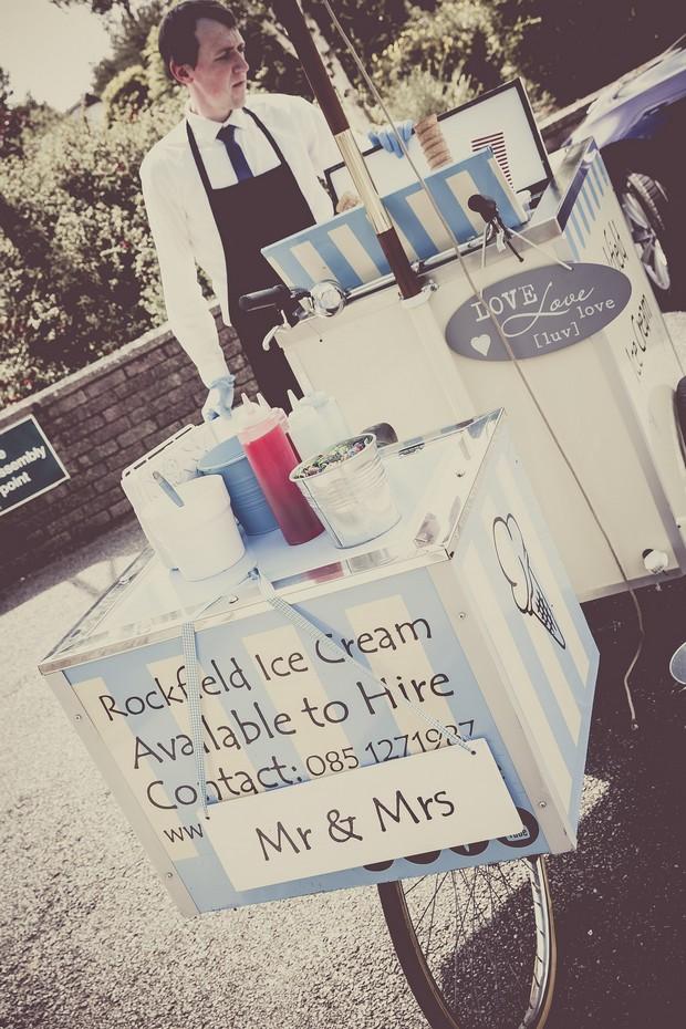 20-rockfield-ice-cream-real-wedding-ireland-hire-blog-weddingsonline (2)