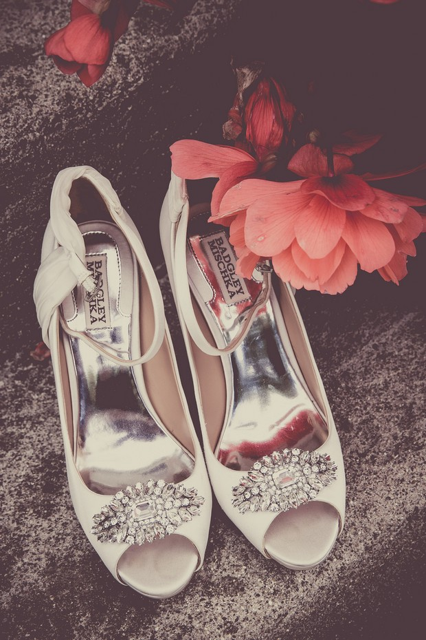 3-badgley-mischka-peep-toe-wedding-shoes-cream-weddingsonline