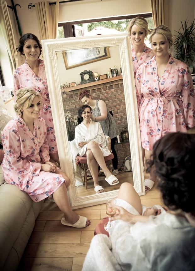 6-bride-bridesmaids-wedding-morning-floral-robes-pink-ireland-weddingsonline