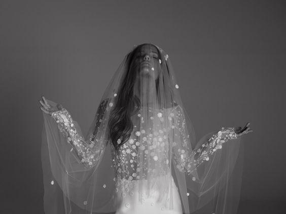Rime-Arodaky-2017-Colección-de-vestidos-de-novia-Irlanda-weddingsonline-00