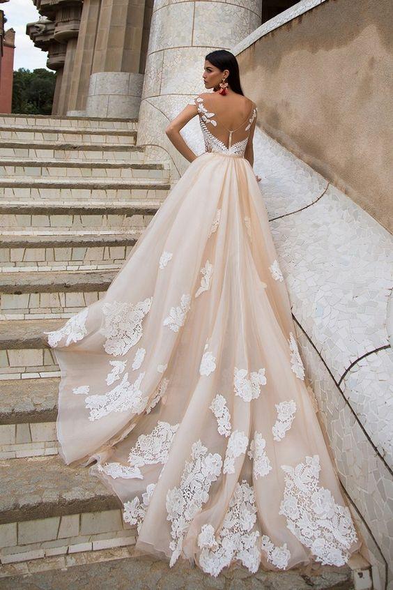 Vestidos-de-novia-invierno-Milla-Nova-2017-weddingsonline