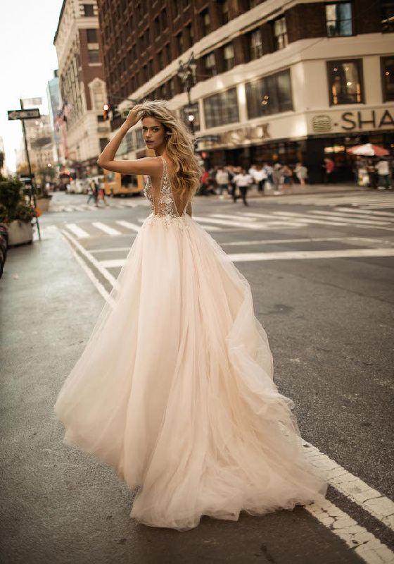 23 Winter Wedding Dresses That Wow Weddingsonline