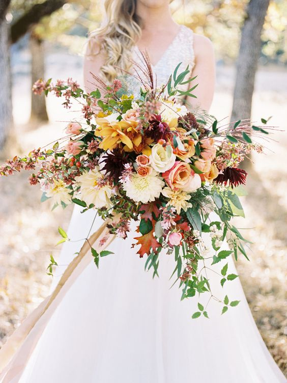fall wedding bouquets 10 awesome autumn wedding bouquets you ll 4020
