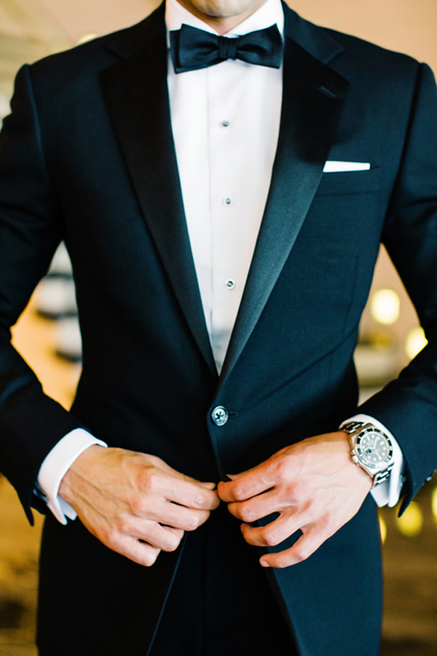 black-tuxedo-winter-groom-autumn-winter-groom-style