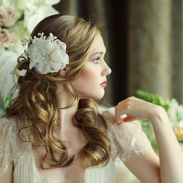 bridal-hair-accessories-luxe-ivory-crystal-flower-headpiece