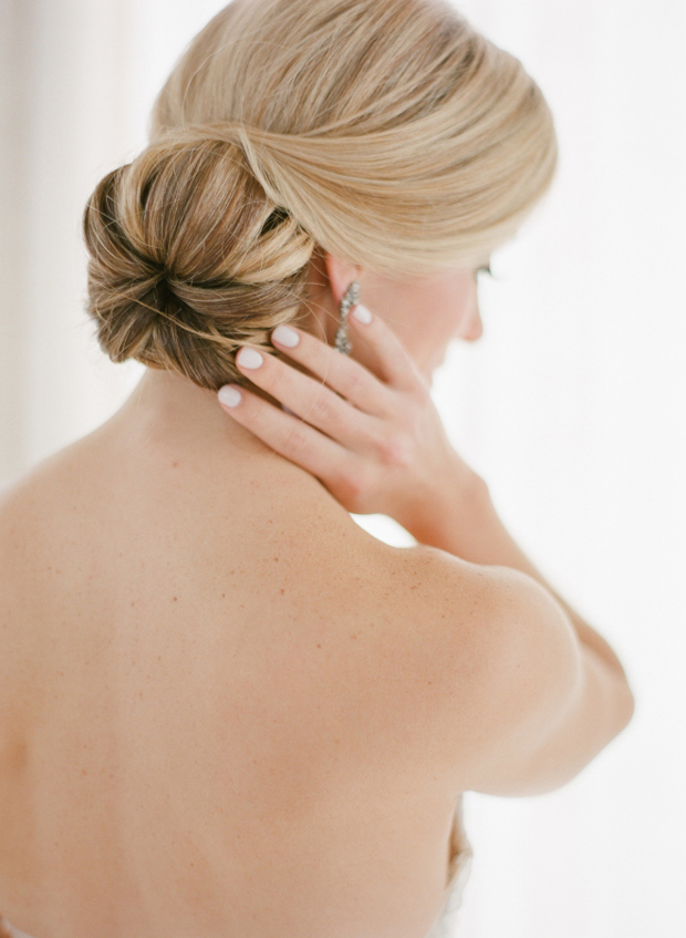 bridal-hairstyle-low-bun